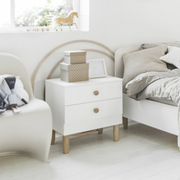 childrens_bedside_table_with_storage_white_wood_petite_amelie