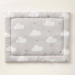 baby_play_mat_in_grey_with_white_cloud_detail_petite_amelie
