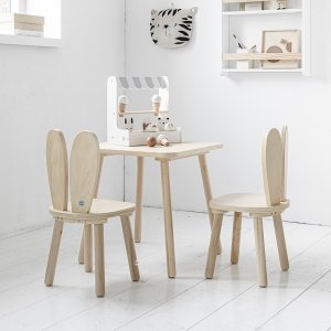 kids-wooden-table-and-chairs-petite-amelie-1