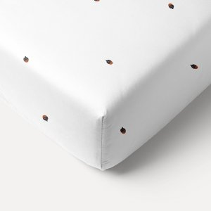 white_single_bed_fitted_sheet_with_acorn_design_petite_amelie